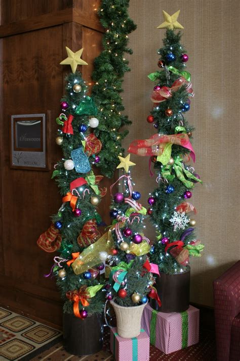 Whoville Christmas Tree Decorations by 1000 Images About A Whoville Christmas On Pinterest