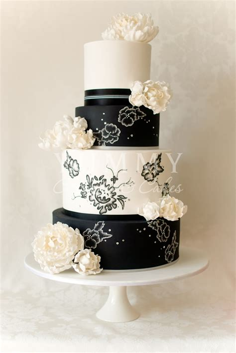 wedding dream black  white wedding cakes pictures
