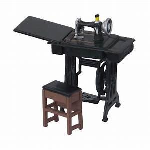 Petite Machine À Coudre : petite machine a coudre 1 24 ~ Melissatoandfro.com Idées de Décoration