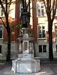 Monument van Nicolaus Copernicus in Planty voor Collegium ...