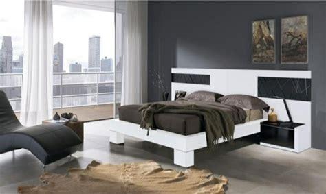 chambre mur gris 99 idées déco chambre à coucher en couleurs naturelles