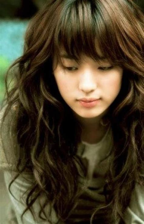 30 Cute Styles Featuring Curly Hair with Bangs   Fave