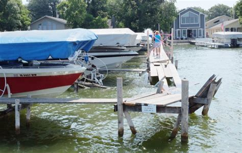 Lake Conroe Boating Accident by Ten People Injured In Boating Accident On Clear Lake