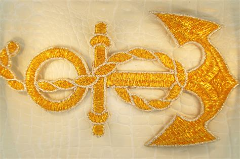 Gold Applique by Sparkling Gold Silver Metallic Rope Anchor Design Iron On
