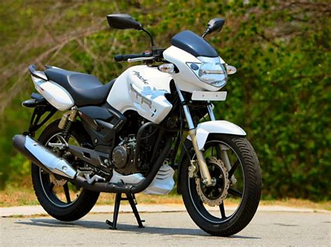Tvs apache rtr 160 4v is full of amazing looking sports bike. TVS Apache RTR 160 ~ Bike Universe..!!