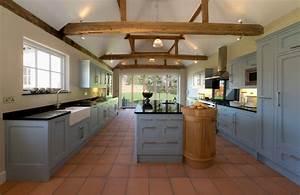 Alte Küche Renovieren : k chenfronten renovieren so peppen sie sie auf ~ Lizthompson.info Haus und Dekorationen