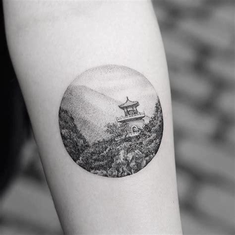 delicate  precise tattoo art    scene
