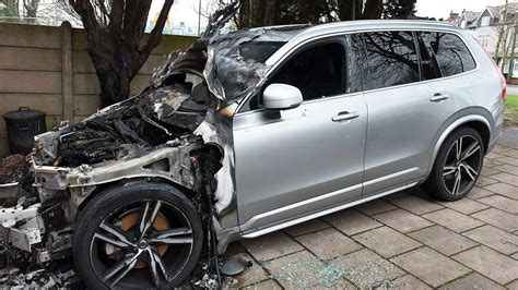 fire destroys electric volvo    charged