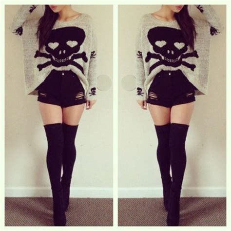 leg l sweater shorts clothes black skull legs sweater high waisted