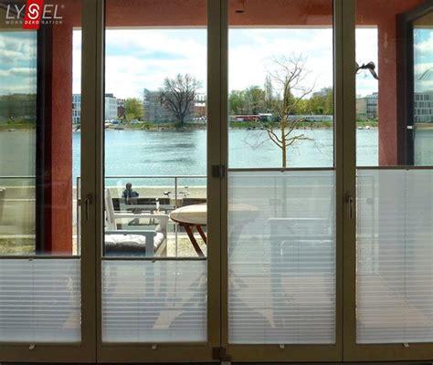 Fenster Sichtschutz Plissee by Sichtschutz Plissees Lysel 174 An Den Wohnzimmer Fenstern