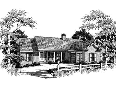 dugan traditional ranch home plan   house plans