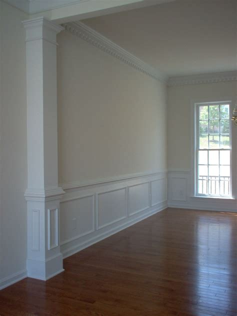 pilaster room divider separate  long sitting dining