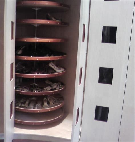 oval dressing room modern closet toronto by stepan