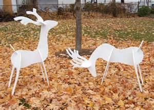 reindeer yard larger image
