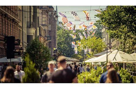 Vasarā Rīgas centra ielās izveidos labiekārtotas atpūtas ...
