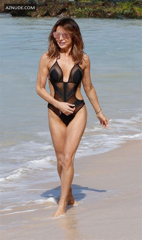 Lizzie Cundy Sexy Spotted In A Tiny Black Swimsuit On The