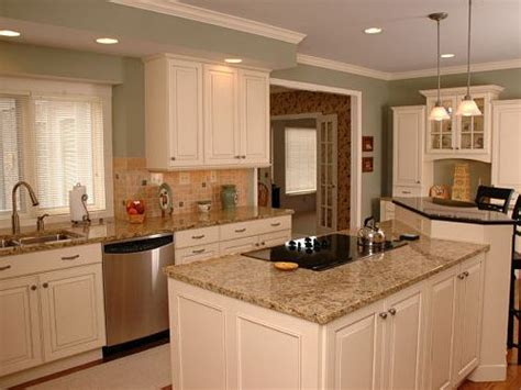 white distressed kitchen cabinets distressed white kitchen cabinets home design ideas 1290