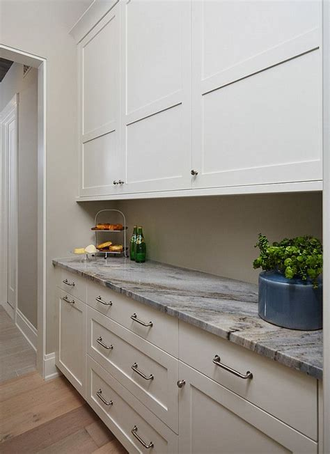 benjamin paint kitchen cabinets best neutral wall and cabinet paint color for any kitchen 7636