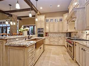 24 Beautiful Granite Countertop Kitchen Ideas - Page 3 of 5