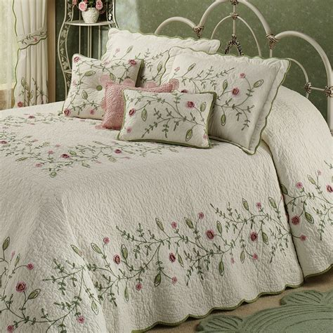 Floral Bedspreads by Posy Floral Oversized Quilted Bedspread Bedding