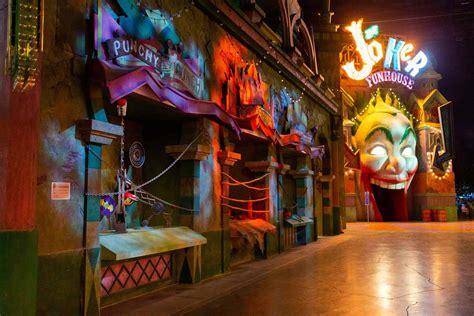 joker funhouse theme park attraction design thinkwell