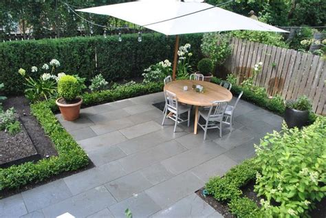 Small Backyard Landscaping Ideas With Floor Tiles
