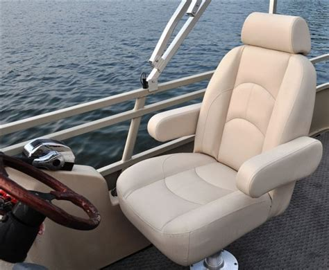 Captain Chairs For Pontoon Boats new 2012 bentley pontoon boats 203 cruise pontoon boat