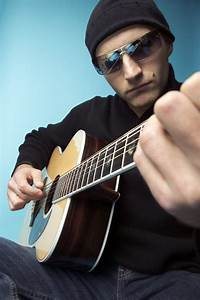 Learn Acoustic Guitar — Want to Learn Acoustic Guitar? The ...