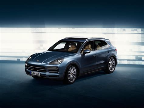 new porsche 2018 all new 2018 porsche cayenne leaked looks like the old