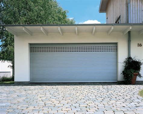 Garagentore « Hochmuth Rolladen & Sonnenschutz