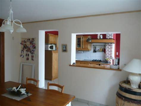 cuisine avec passe plat salle a manger avec passe plat en chêne v211maison59360