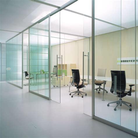 cloisons de bureaux cloison de bureau vitrée bord à bord espace cloisons alu