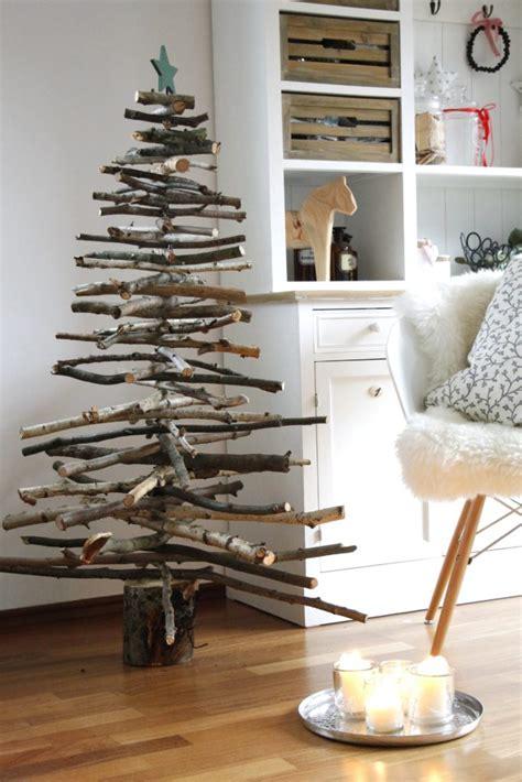 Weihnachtliche DIYIdee Weihnachtsbaum aus Holz bauen
