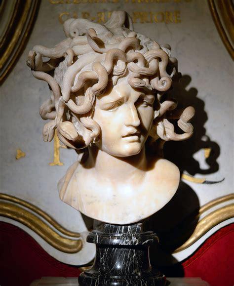 Medusa (Bernini) - Wikipedia