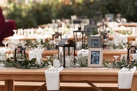 Barn Wedding Centerpieces : Rustic Burgundy Barn Wedding