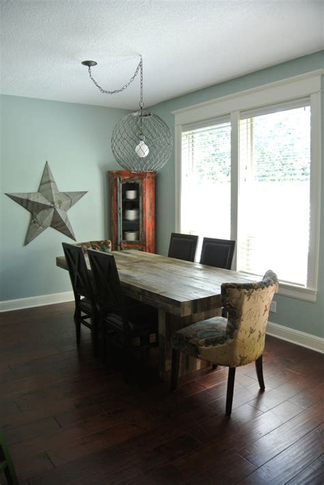 Dining Room Centre by Dining Table 101