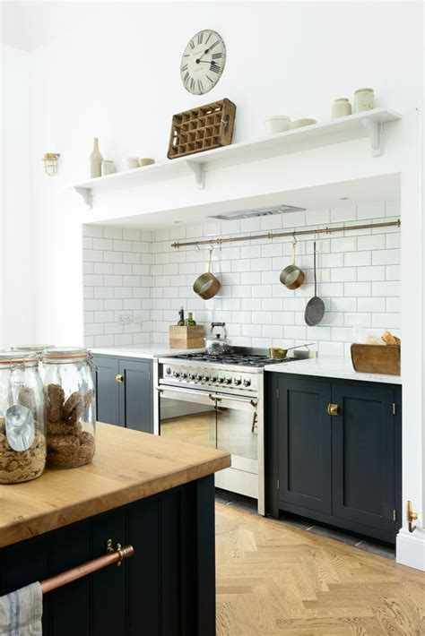 17 Best ideas about Navy Blue Kitchens on Pinterest   Navy