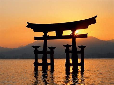 entre tradition et modernite japon entre tradition et modernit 233 pays d asie de l est