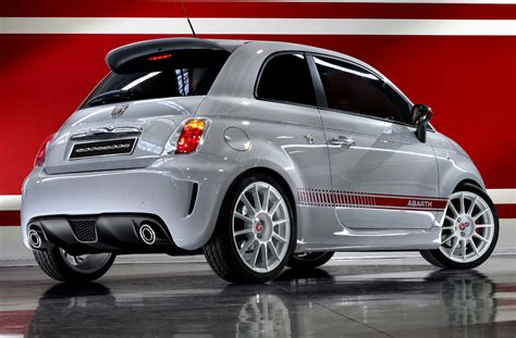 Fiat Abarth Specs by Fiat Abarth 500 Photos News Reviews Specs Car Listings