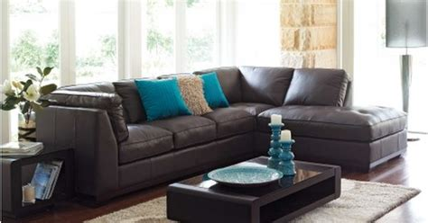 what colors go with brown looking for colors to go with chocolate brown couches