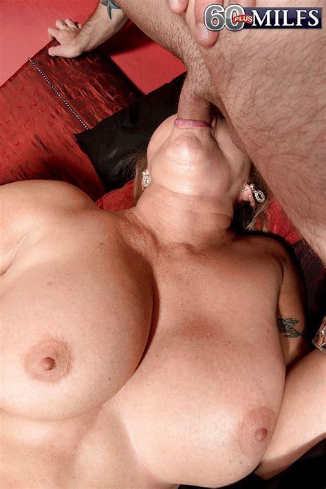busty nude latina frauen sperma porno