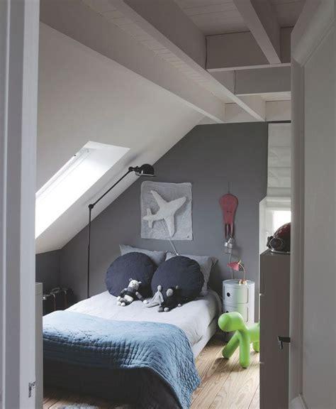 peinture chambre en sous pente image informations sur l