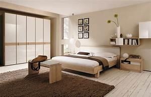 Schlafzimmer Braun Beige : beige wandfarbe 40 farbgestaltungsideen mit der wandfarbe beige freshouse ~ Watch28wear.com Haus und Dekorationen