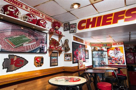south philly cheers  chiefs  temple news