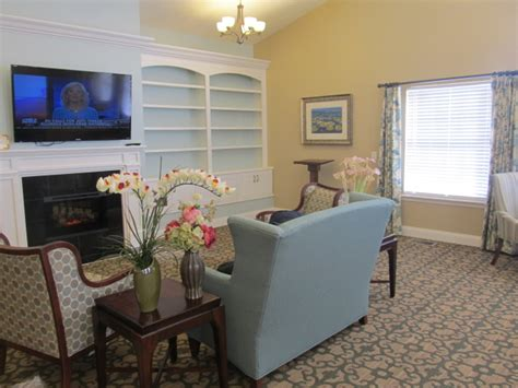 commonwealth assisted living christiansburg  gh
