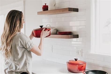 tasselli per mensole montare le mensole con i tasselli a scomparsa ferramenta