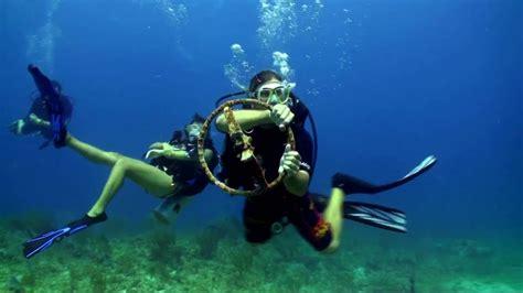 scuba diving st thomas coki beach divehdv youtube