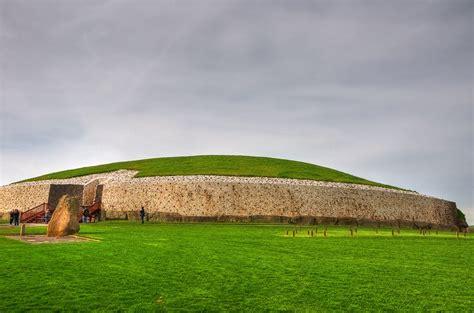 Newgrange   UNESCO World Heritage Site Newgrange (Irish ...