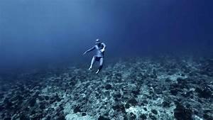 A Free Diver Explores the Deceptive Power of Deep Ocean ...