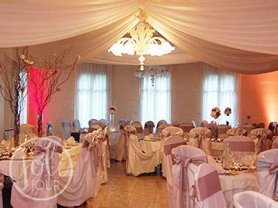 location drapes tentures plafond satin blanc ou ivoire decoration salle de mariage mariage